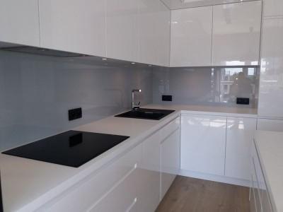 Szklo-technika-panele-lakierowane-kuchnia-76686472