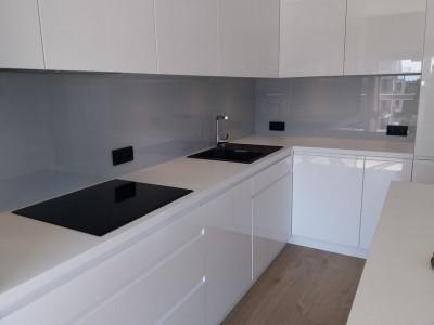 Szklo-technika-panele-lakierowane-kuchnia-76943660