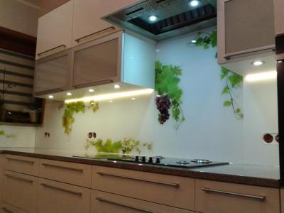 Szklo-technika-panele-z-grafika-kuchnia-10869458